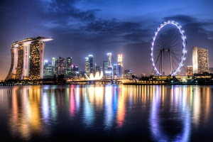 singapore-skyline-marina-bay-flyer-hdr-dawn