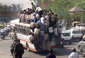 bus_very_crowded