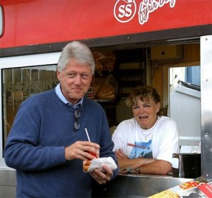 clinton_hot_dog_Iceland2