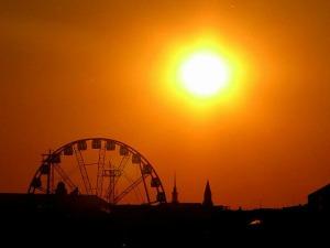 sunset-over-helsinki