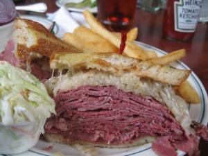 corned-beef-reuben