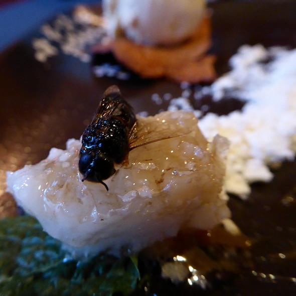 bee-ice-cream-2